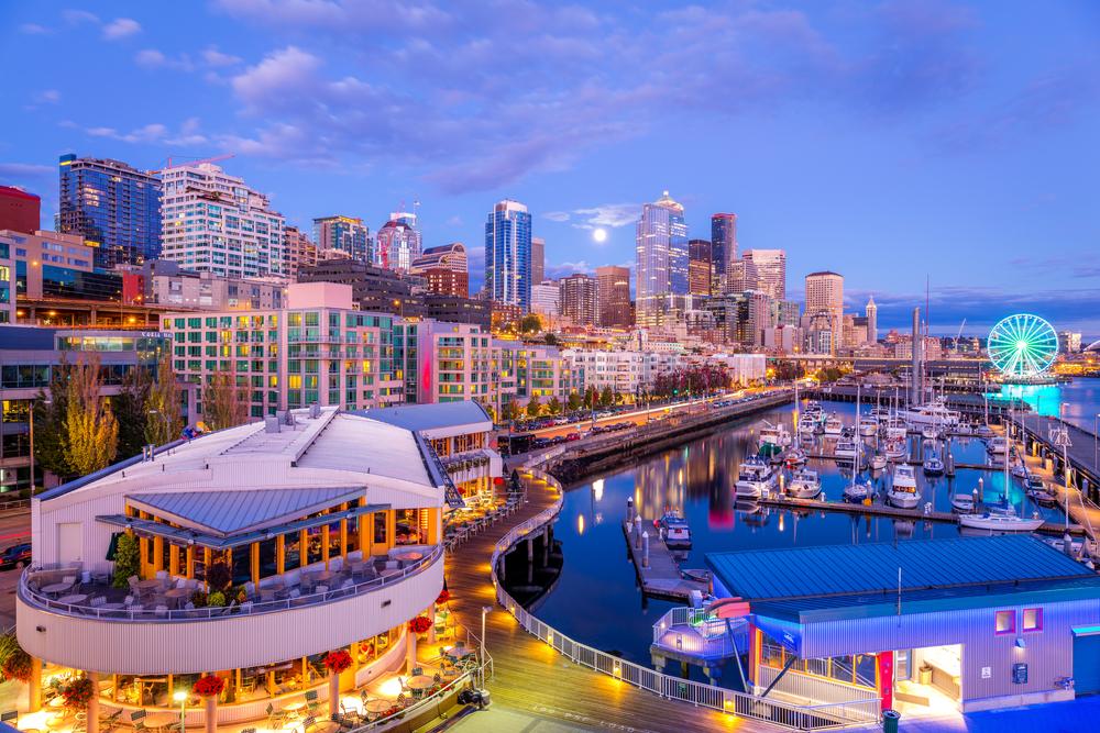 Hotels Near Pier  Seattle